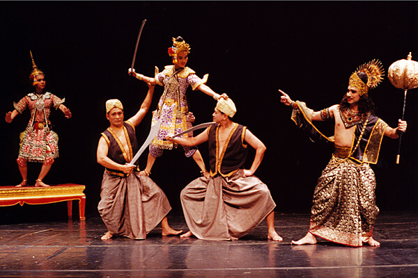 Lakhon, Forms of Dance-Drama     Asian Traditional Theatre & Dance